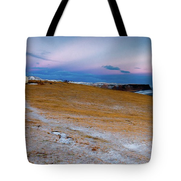 Dyrhloaey Cottage Tote Bag