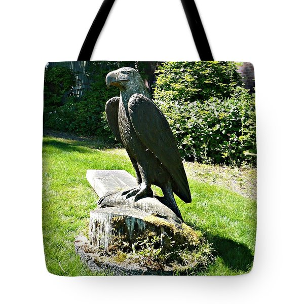 Eagle Totem Tote Bag
