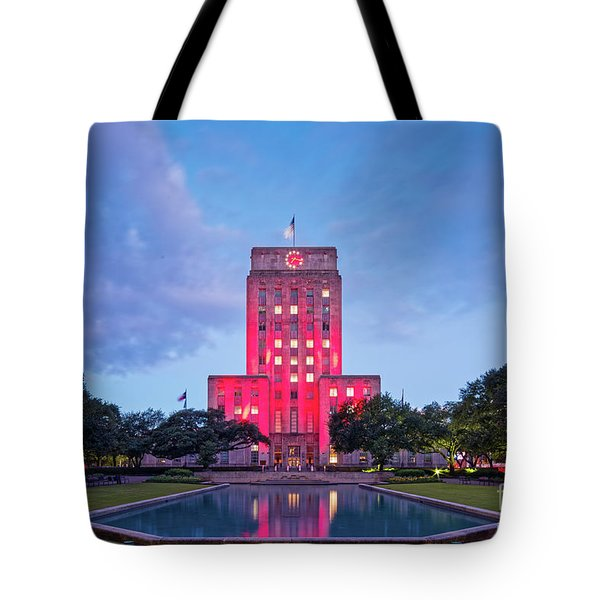 Early Dawn Architectural Photograph Of Houston City Hall And Hermann Square - Downtown Houston Texas Tote Bag