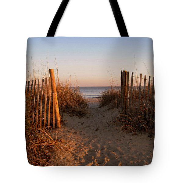 Early Morning At Myrtle Beach Sc Tote Bag by Susanne Van Hulst