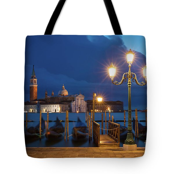 Tote Bag featuring the photograph Early Morning In Venice by Brian Jannsen