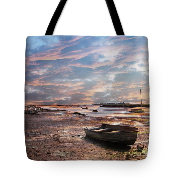 Early Morning Low Tide On The North Shore Tote Bag