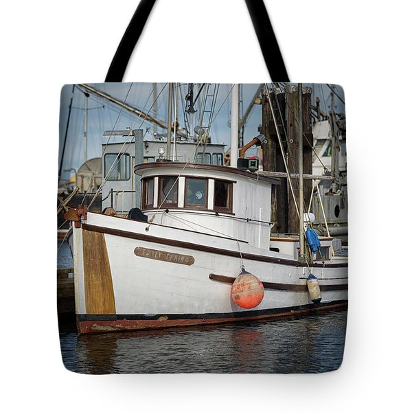 Tote Bag featuring the photograph Early Spring by Randy Hall