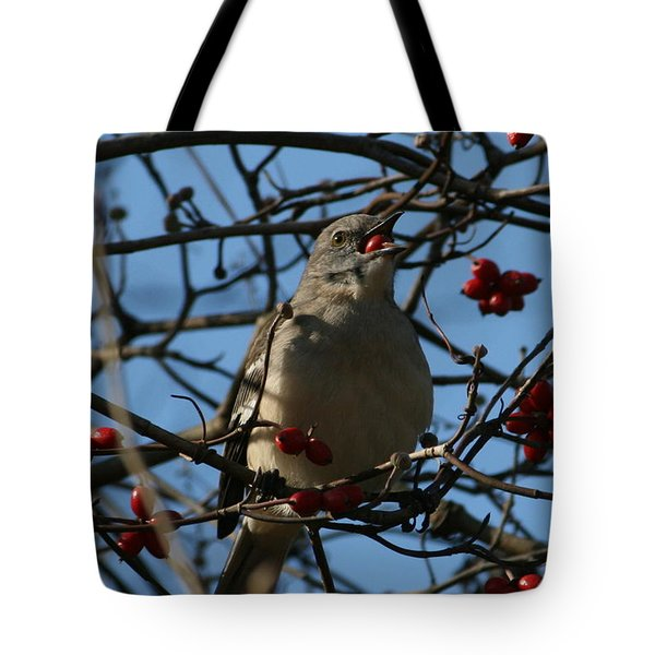 Tote Bag featuring the photograph Eating Berries by Cathy Harper