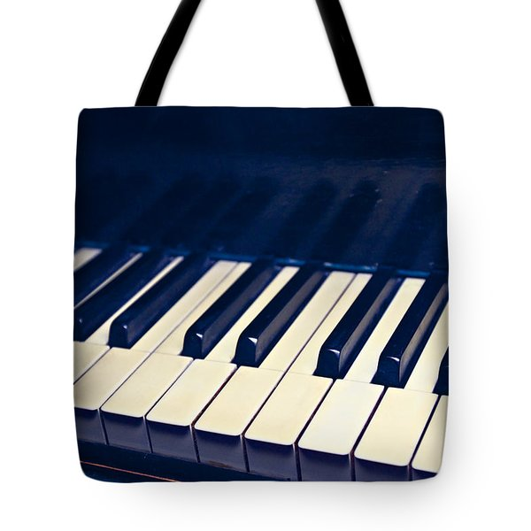 Tote Bag featuring the photograph Ebony And Ivory by Kim Wilson
