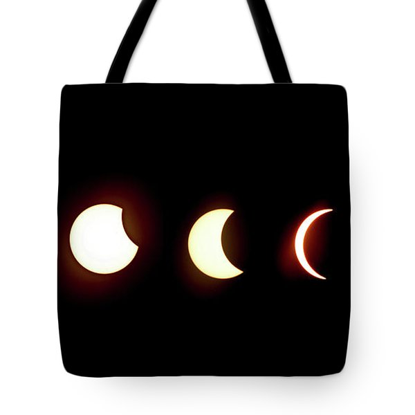 Eclipse To Totality Tote Bag
