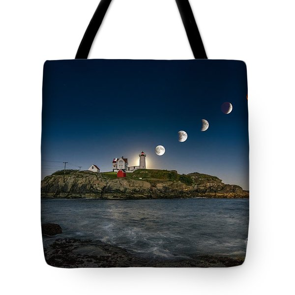 Eclipsing The Nubble Tote Bag