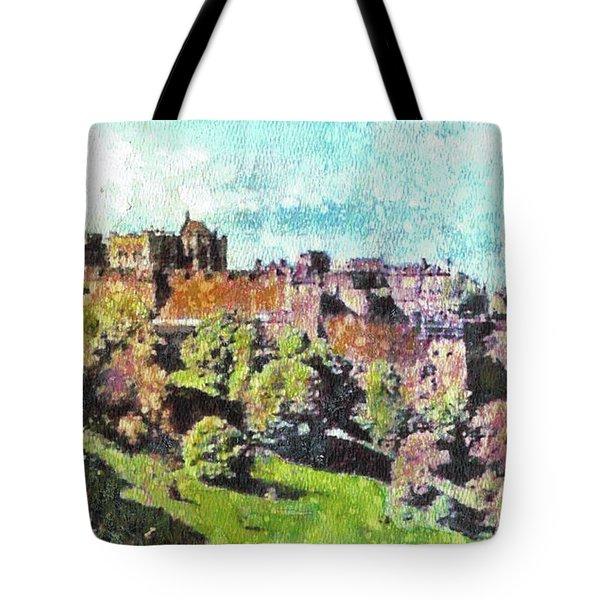 Edinburgh Castle Skyline No 2 Tote Bag