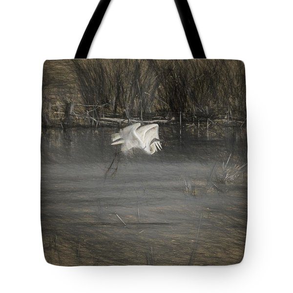Tote Bag featuring the photograph Egret 2 by Travis Burgess