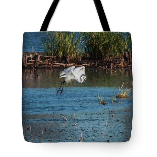 Egret 4 Tote Bag by Travis Burgess