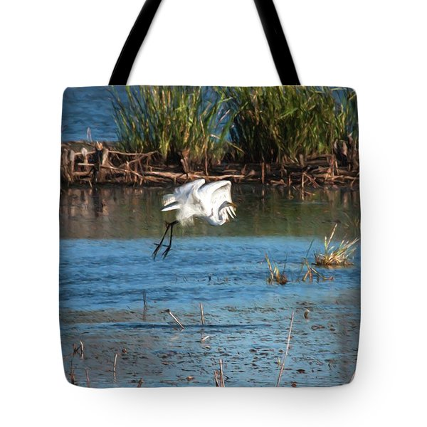 Tote Bag featuring the photograph Egret 6 by Travis Burgess