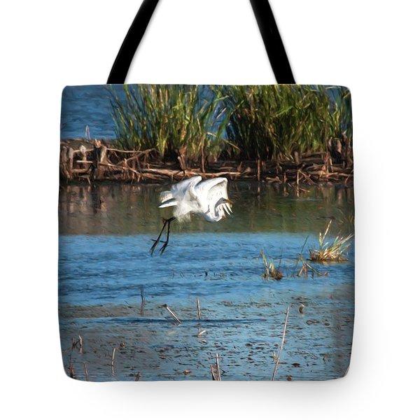 Egret 6 Tote Bag by Travis Burgess