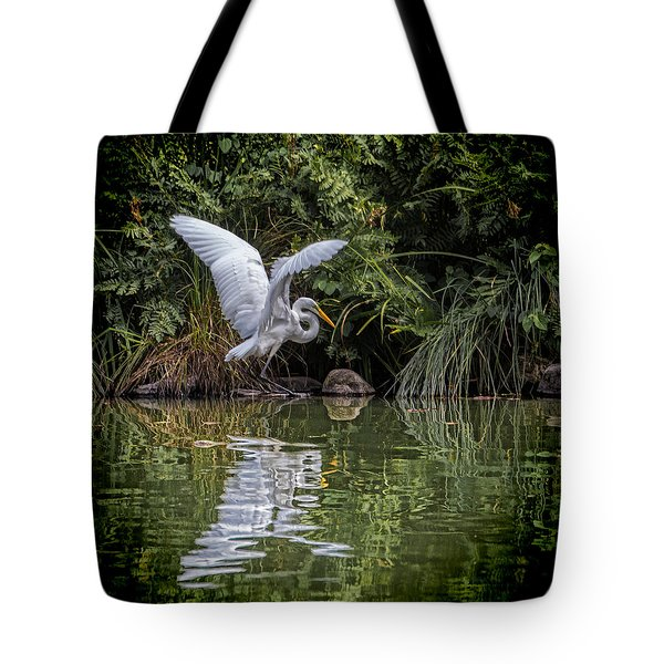 Egret Hunting For Lunch Tote Bag