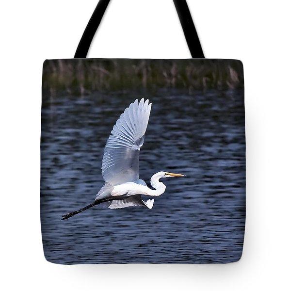 Egret Vi Tote Bag by Gary Adkins