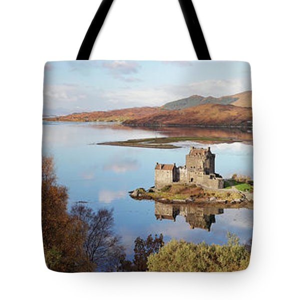 Eilean Donan Castle Panorama In Autumn Tote Bag