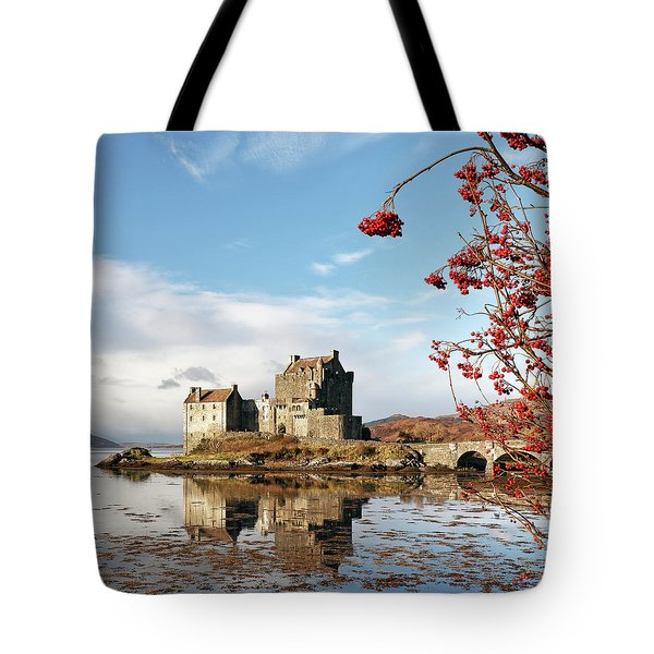 Eilean Donan - Loch Duich Reflection - Skye Tote Bag