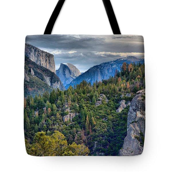 El Capitan And Half Dome Tote Bag