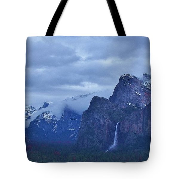 Tote Bag featuring the photograph El Capitan From Artist Point I by Phyllis Spoor