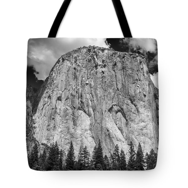 El Capitan In Yosemite Tote Bag