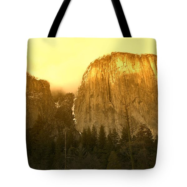 El Capitan Yosemite Valley Tote Bag