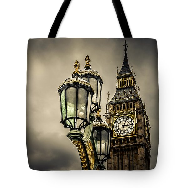 Elizabeth Tower And Lamp On Westminster Bridge Tote Bag