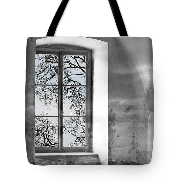 Tote Bag featuring the photograph Emptiness by Munir Alawi