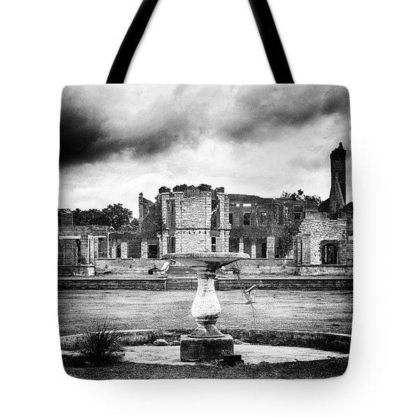 Empty Fountain Tote Bag by Alan Raasch