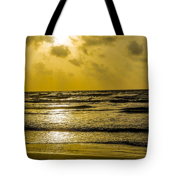 End Of The Season Padre 85 Tote Bag