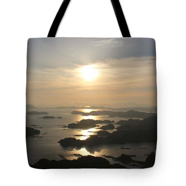 Tote Bag featuring the photograph Ending Of The Day 1 by Yumi Johnson