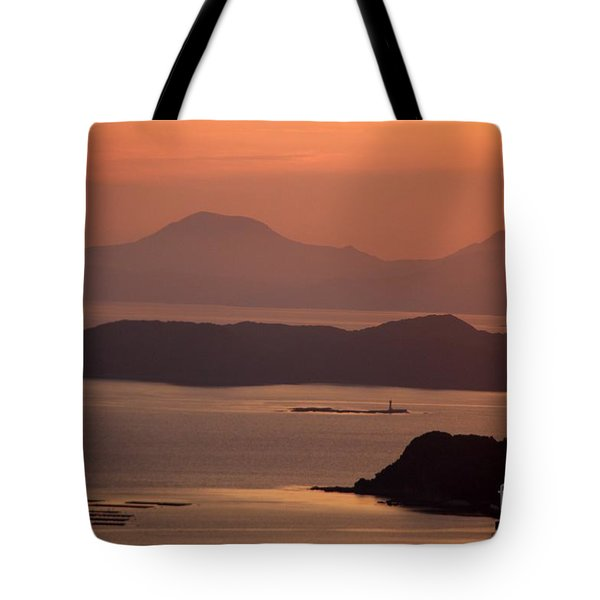 Tote Bag featuring the photograph Ending Of The Day 5 by Yumi Johnson