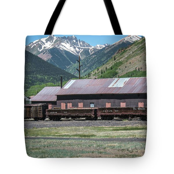Tote Bag featuring the photograph Entering Silverton by Colleen Coccia