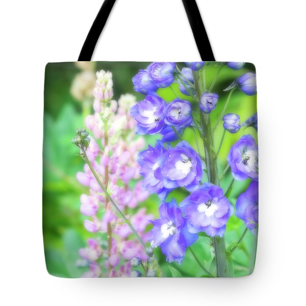 Tote Bag featuring the photograph Escape To The Garden by Bonnie Bruno