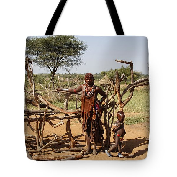 Ethiopia-south Mother And Baby No.2 Tote Bag