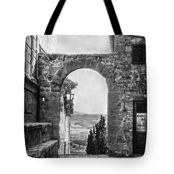 Etruscan Arch B/w Tote Bag by Hanny Heim