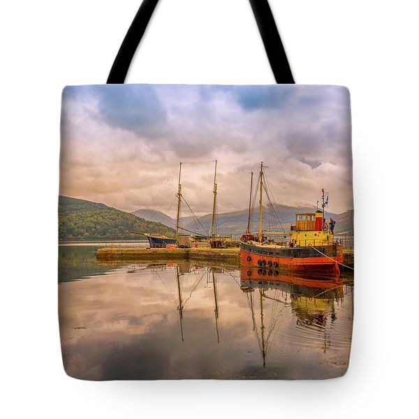 Tote Bag featuring the photograph Evening At The Dock by Roy McPeak