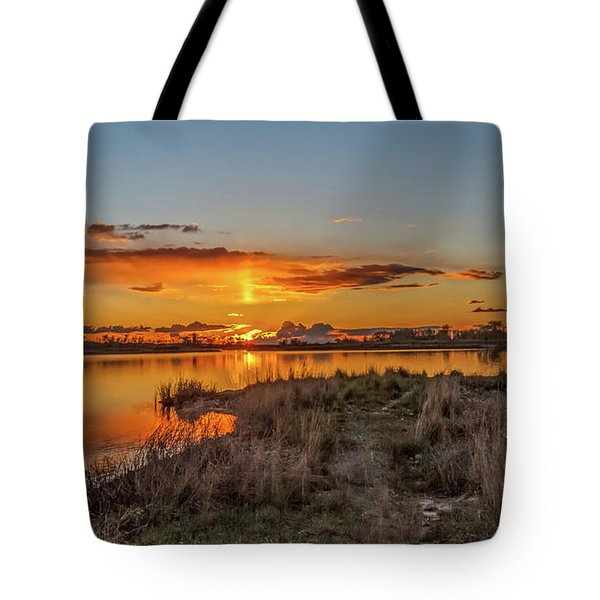 Tote Bag featuring the photograph Evening Delight by Robert Bales