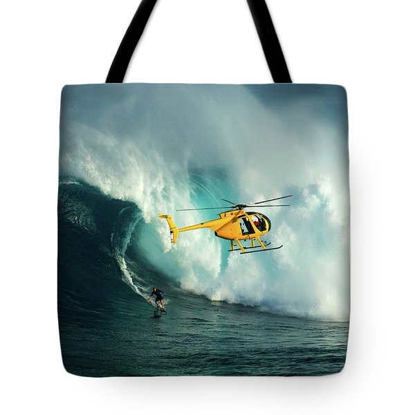 Extreme Surfing Hawaii 6 Tote Bag