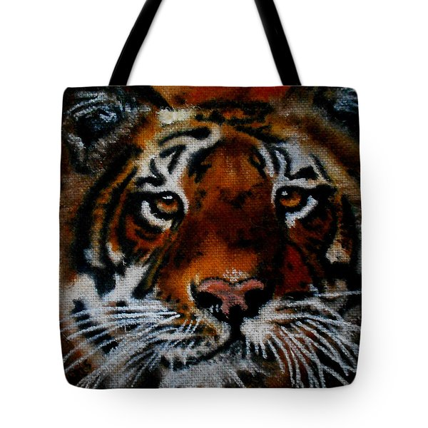 Face Of A Tiger Tote Bag