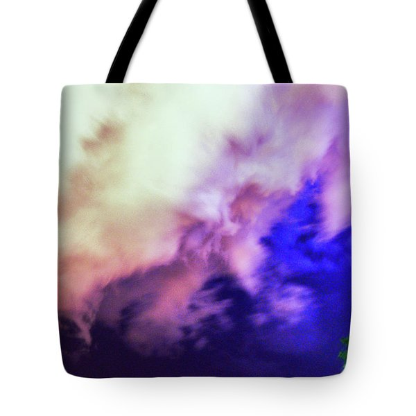 Faces In The Clouds 002 Tote Bag