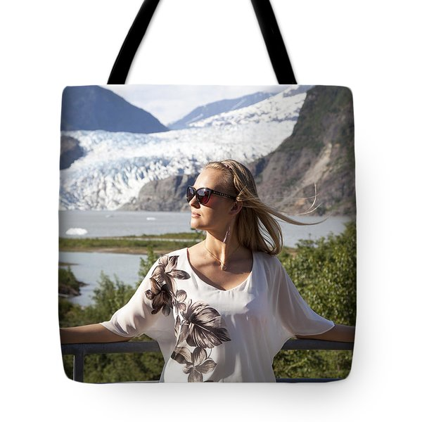 Facing The Sun Tote Bag