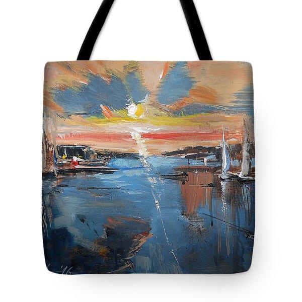 Fading Day Vi Tote Bag