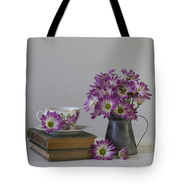 Tote Bag featuring the photograph Fading Memories by Kim Hojnacki