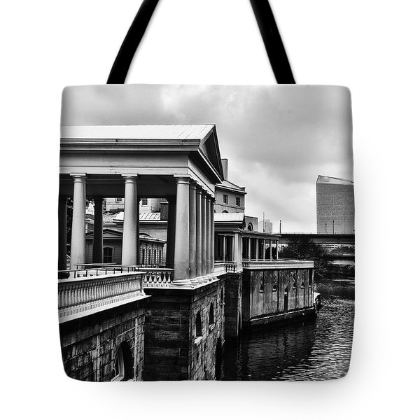 Fairmount Water Works In Black And White Tote Bag by Bill Cannon