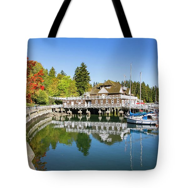 Fall At The Rowing Club In Vancouver Tote Bag