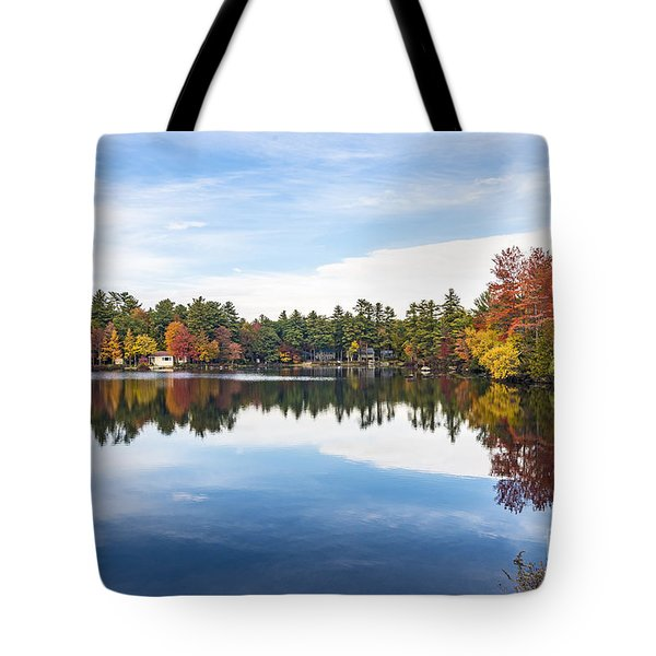 Tote Bag featuring the photograph Falling For New Hampshire by Anthony Baatz