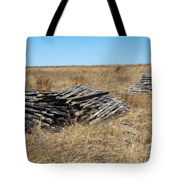 Fence Bails Tote Bag