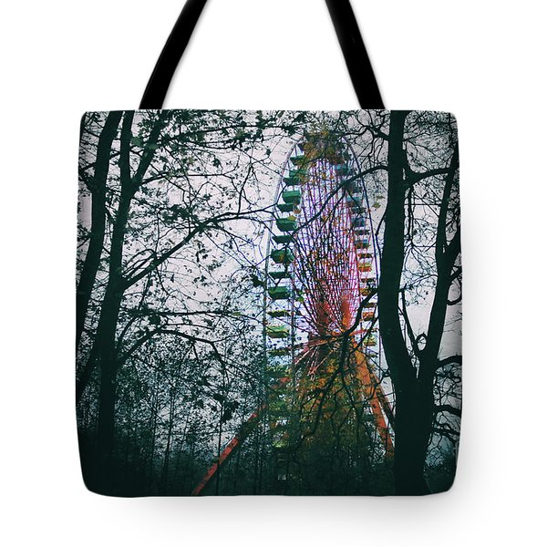 Tote Bag featuring the photograph Ferris Wheel by Ana Mireles