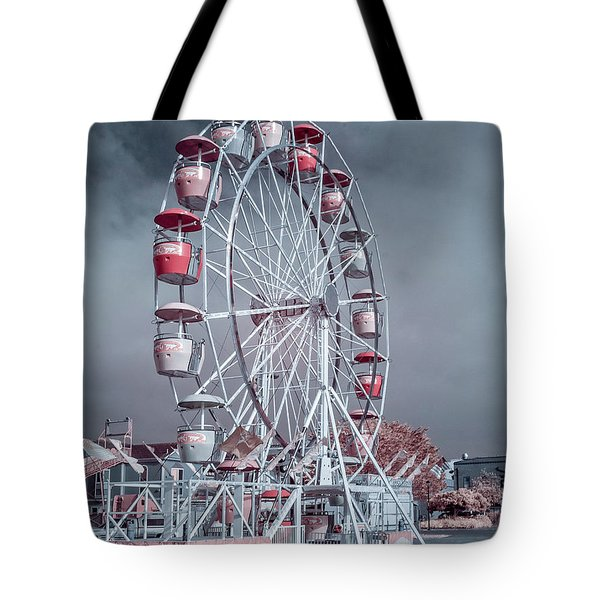 Tote Bag featuring the photograph Ferris Wheel In Morning by Greg Nyquist