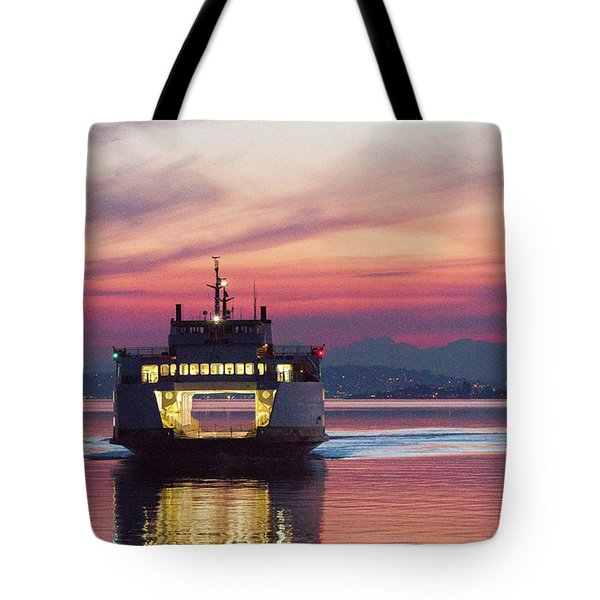Ferry Issaquah Docking At Dawn Tote Bag