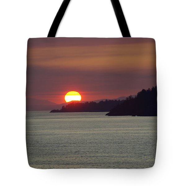 Ferry Sunset Tote Bag